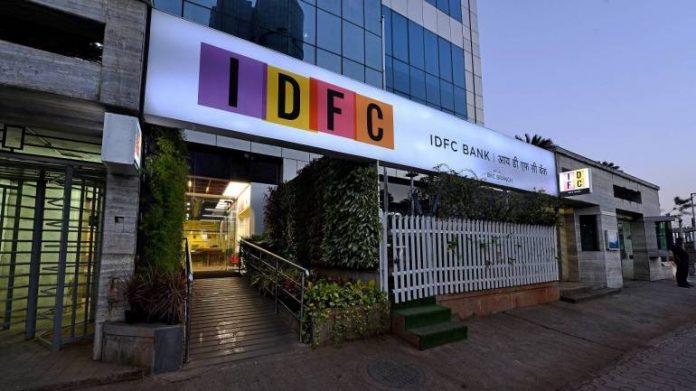 BIG NEWS! IDFC Credit Card Offer: Get 5% Cashback on EMI and Tap & Pay Transactions
