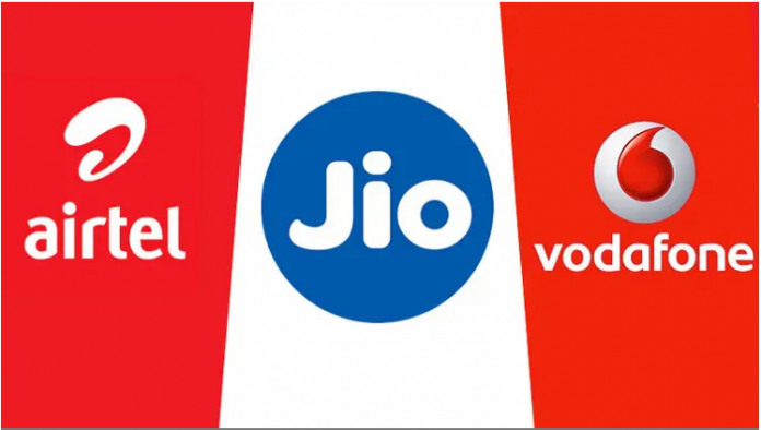 Those plans of Jio, Airtel and Vi in less than Rs 300 that will get 2GB data and unlimited free calls every day