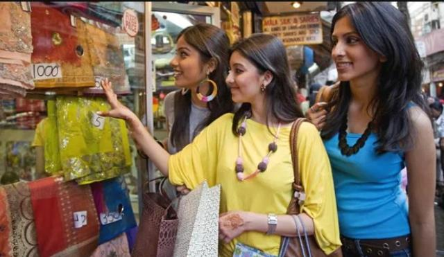 Offers like Online Shopping will be available at Retail Stores, Mid-Year-Sale going to start from this date