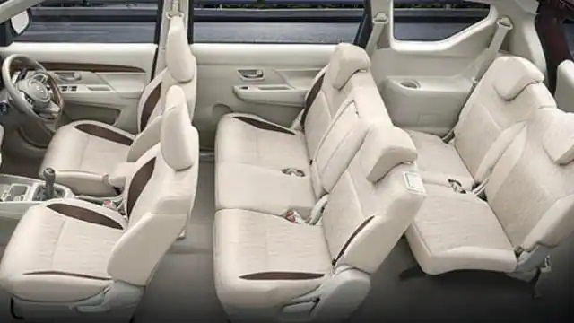 Maruti Suzuki Ertiga: This 7-seater CNG car from Maruti is selling well, waiting for months for delivery