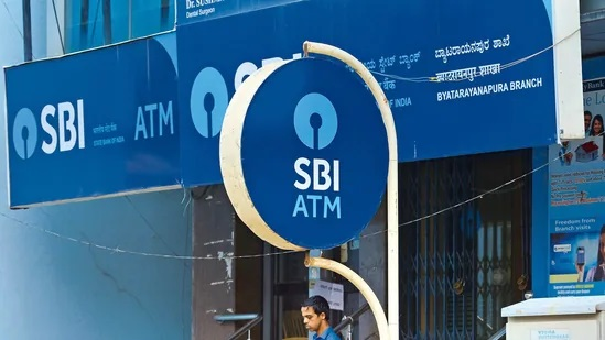 Attention! SBI warns customers about fake customer care numbers, one mistake will empty the account